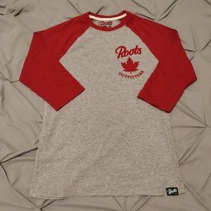 🍁2 for $35🍁Roots raglan t-shirt